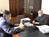 Александр Анкваб и Беслан Эшба обсудили проведенные работы по ликвидации последствий урагана